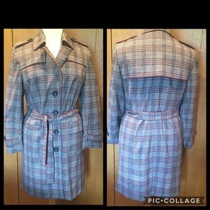 XL Anne Klein A   Line Plaid trench coat-belted
